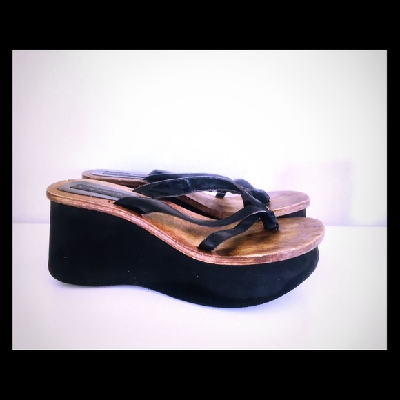 9116dca6aa321 Vintage 90s Wood Platform Sandals Candies 7.5